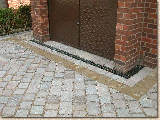 aco drain systems depot bloc laval briques et pierres. Black Bedroom Furniture Sets. Home Design Ideas